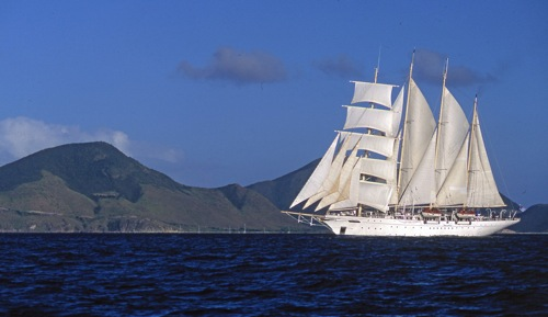 Star Flyer, one of three vessels in the Star Clipper's fleet, features a host of Tahiti itineraries in 2009. Image courtesy Star Clippers