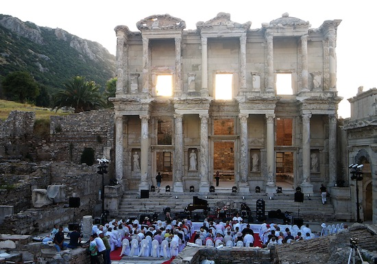august-24-2009-nikki-yanofsky-ephesus-turkey-36