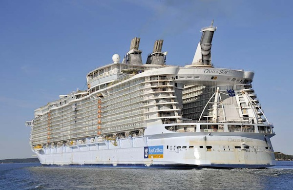 Royal Caribbean takes delivery of Oasis of the Seas