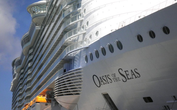 Onboard Oasis: Big ship a big hit with passengers