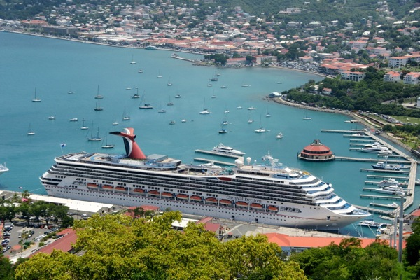 Carnival, Princess adopt new onboard smoking policies
