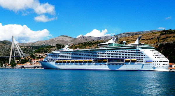 Follow us in the Mediterranean aboard Voyager of the Seas