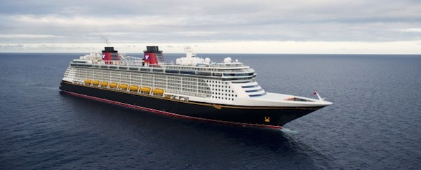 Follow us aboard the Disney Fantasy and Silver Spirit