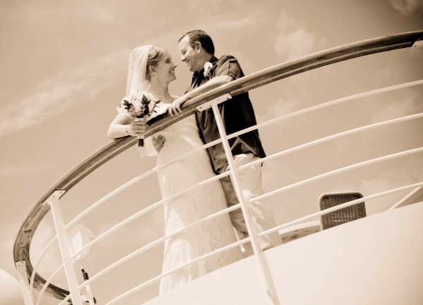 Norwegian Cruise Lines Loves Weddings at Sea